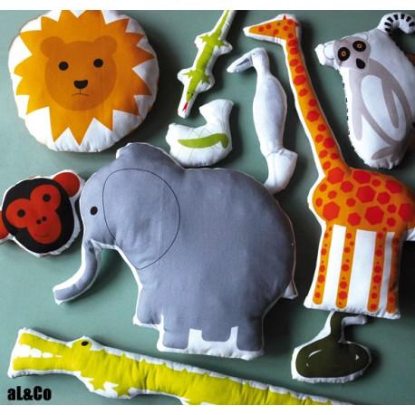 les animaux de la savane - kit 10 doudous
