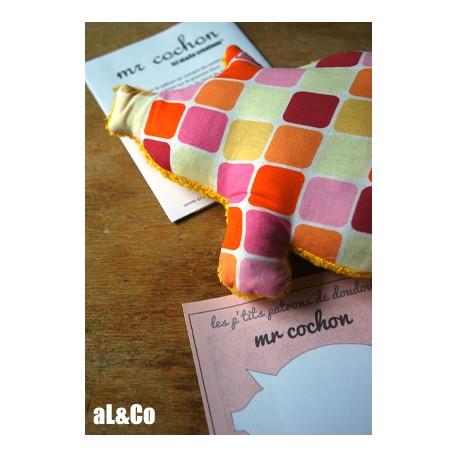 Mr Cochon patron de doudou